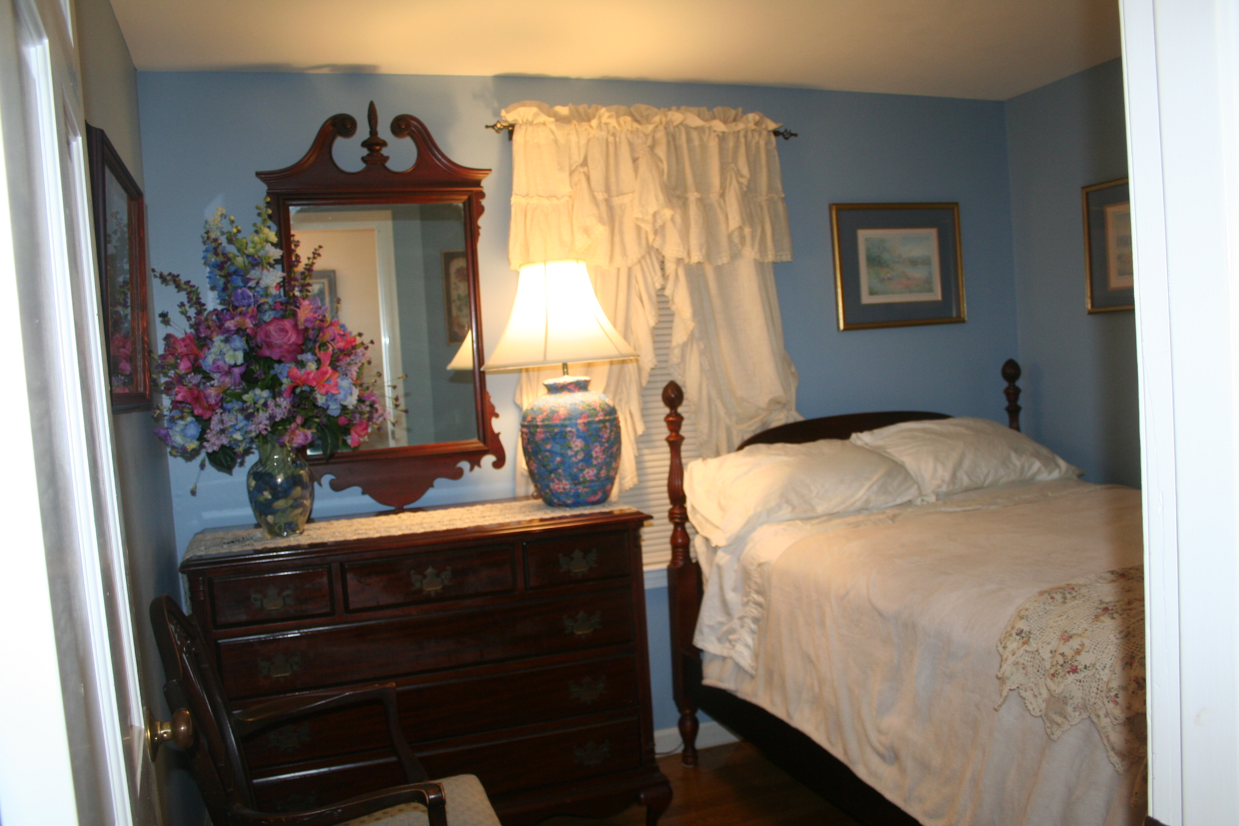 Guest Bedroom with Full Bed, 1st floor, Turtle Cove, Cape Cod